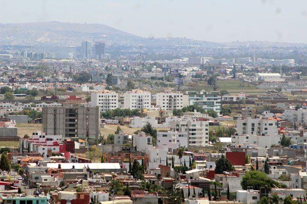Hasta 30 años se requieren para cubrir demanda de vivienda en Puebla: Infonavit