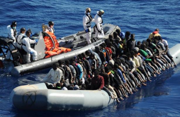 Rescatan a más de cuatro mil migrantes en Canal de Sicilia