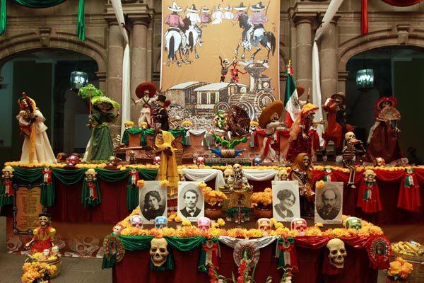 Elementos y significado de las ofrendas de Día de Muertos