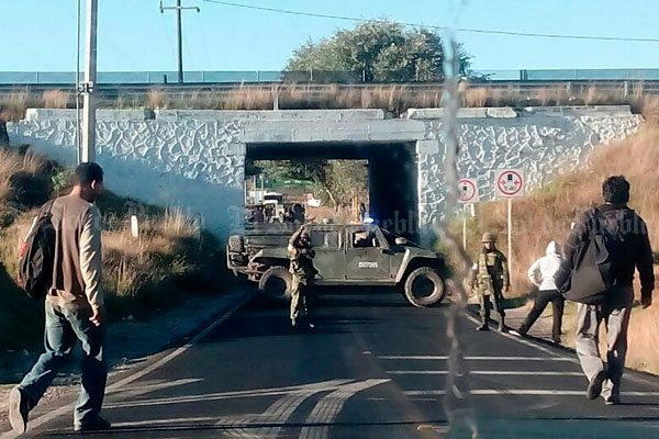 Fuga de combustible causa situación de emergencia en Acajete