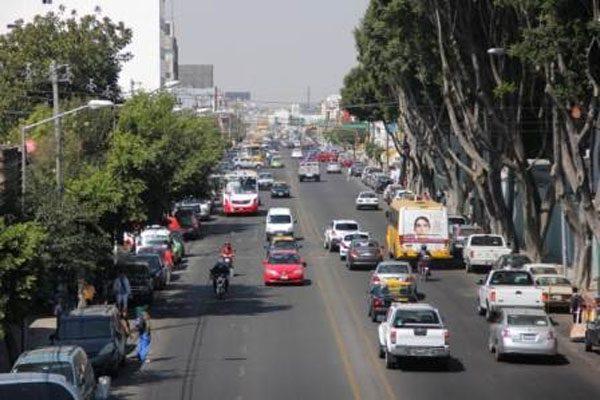 Contarán tres calles de Puebla con semaforización inteligente