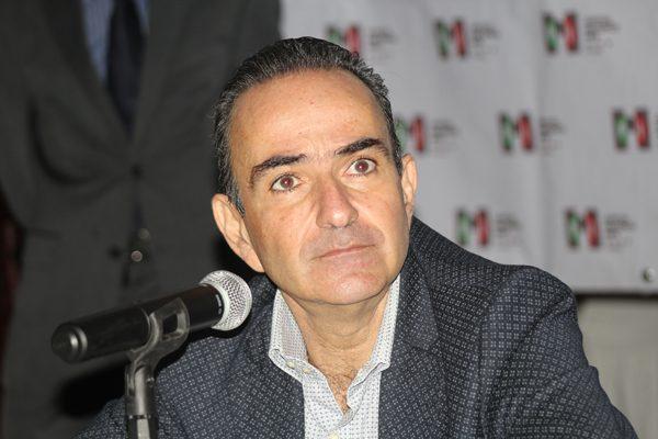 "Calla PRI sobre ""amasiato"" denunciado por Armenta"