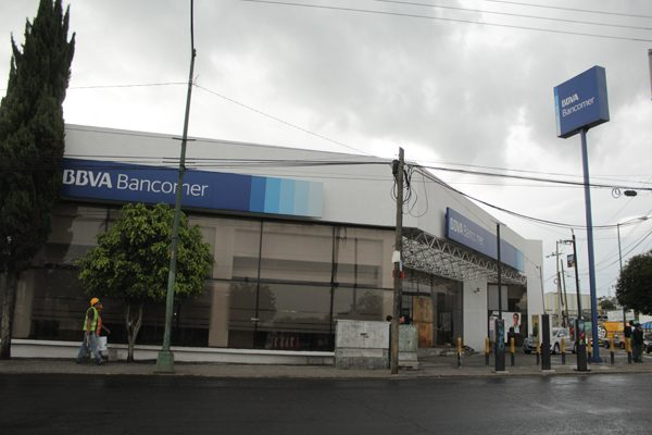 Suspenden bancos comisiones para retiro de efectivo