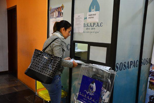 Exigen habitantes de Cuautlancingo servicio efectivo ante pago puntual de impuestos