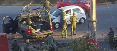 Aparatoso choque entre militares y particular en Avenida Las Torres