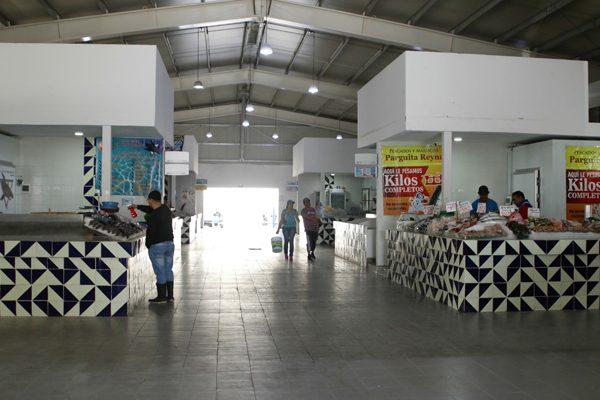 Bajarán tarifa de locales del Mercado de Pescados y Mariscos
