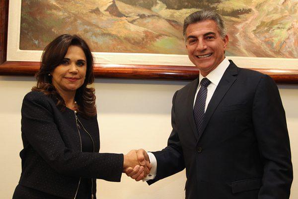 Tony Gali y Blanca Alcalá acuerdan trabajo conjunto por Puebla