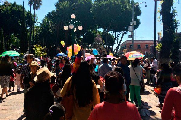 Galeazzi rinde homenaje por natalicio de Benito Juárez