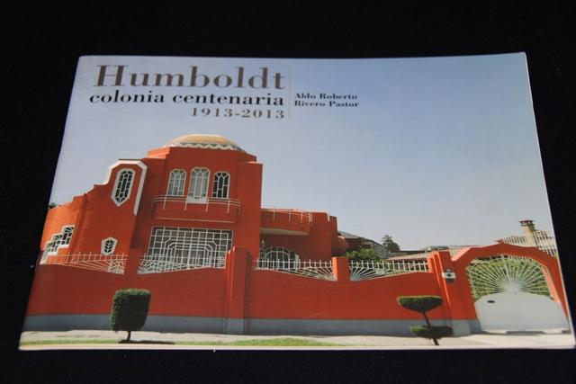 Libro conmemorativo de la Colonia Humboldt en la ciudad de Puebla