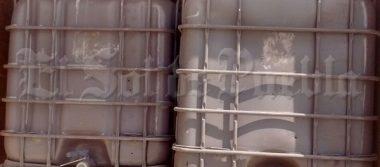 Tras denuncia anónima, aseguran camioneta con combustible robado en Tlalancaleca