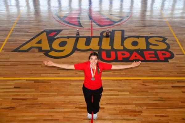 Laura Nuñez capitana por siempre