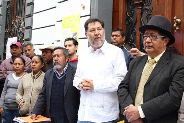 Fernández Noroña renuncia a candidatura independiente para apoyar a AMLO
