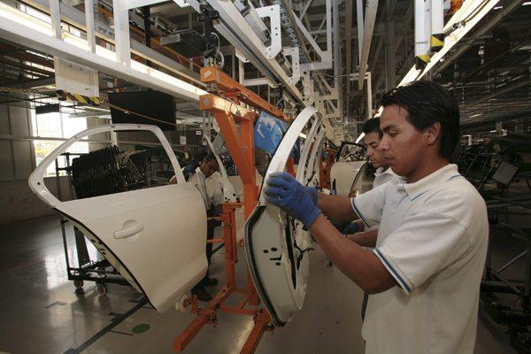 Sin acelerarse venta de coches nuevos en el estado de Puebla