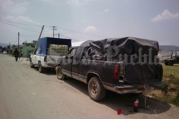 Decomisan en Chachapa tres camionetas huachicoleras