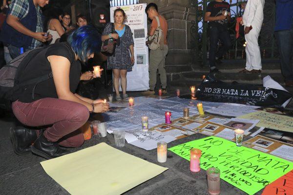 Periodistas poblanos exigen investigación a fondo por asesinato de colegas