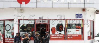 Hombres armados asaltan ferretería de la colonia López Mateos