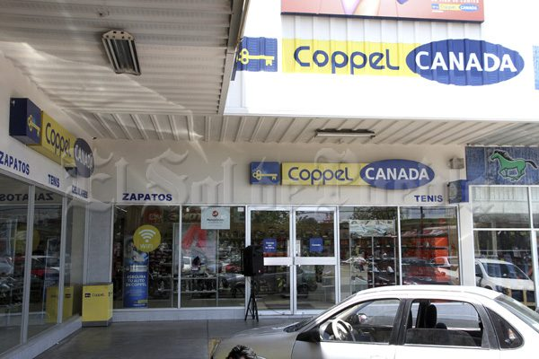 A mano armada, asaltan Coppel-Canadá de prolongación Reforma