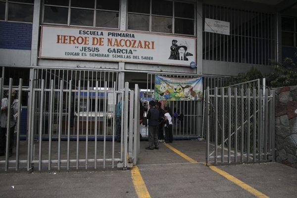 Escuelas, clientes del hampa en Puebla