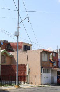 Debido a la inseguridad  vecinos han decidido comprar equipo de seguridad  como cámaras de vigilancia o cercas electrificadas.