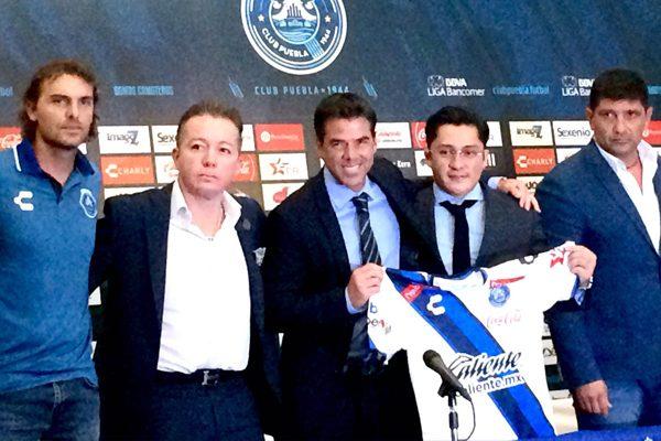 Club Puebla presentó a Rafael