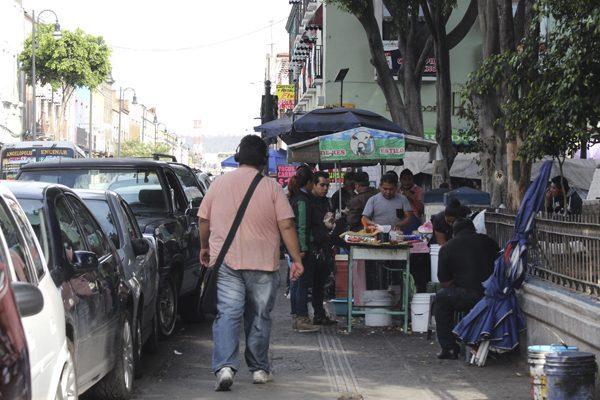 Pide regidor Iván Galindo aplicar reglamento del nuevo Corredor Comercial