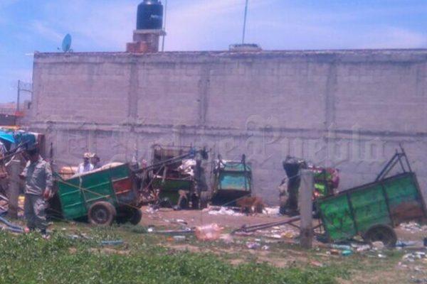 Incautan camionetas y carretones usados para transporte de huachicol en Texmelucan