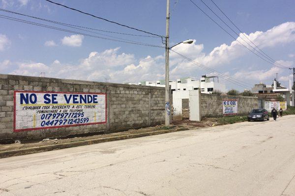 Acusan a exlíder del PRD de despojo de predio en Cuautlancingo
