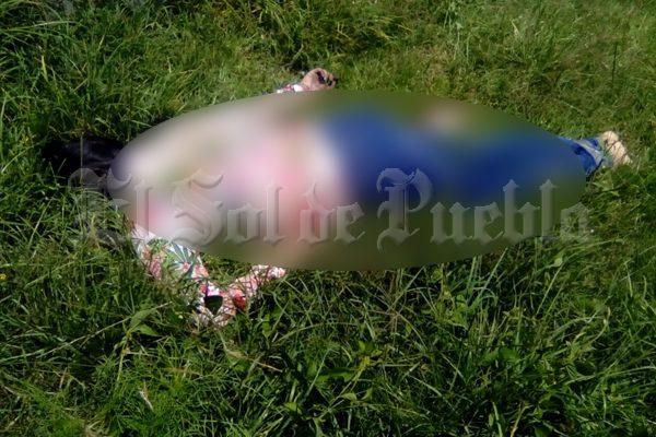 [VIDEO] Hallan cadáver de mujer en Amozoc; tenía correa de perro atada al cuello