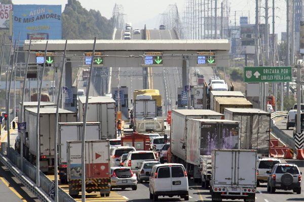 Se disparan robos a camiones de carga en Puebla