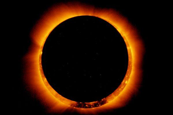 En estos lugares de Puebla habrá telescopios gratuitos para observar el eclipse solar