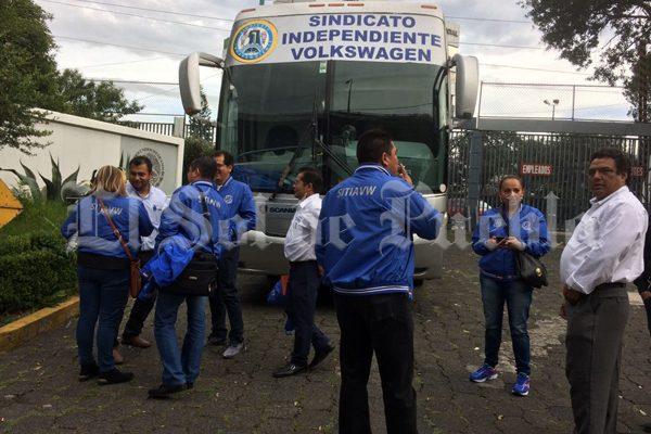 [Video] Finaliza cuarto día de negociación salarial de Volkswagen de México