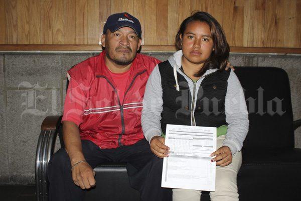 Condonará SEP inscripción de alumna poblana para que no deje sus estudios