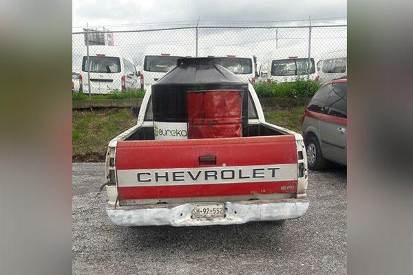 """Aseguran una camioneta """"huachicolera"""" en  Texmelucan"""