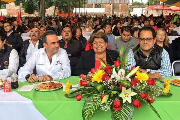 Chidiac toma protesta a nuevo comité del PRI en Atlixco