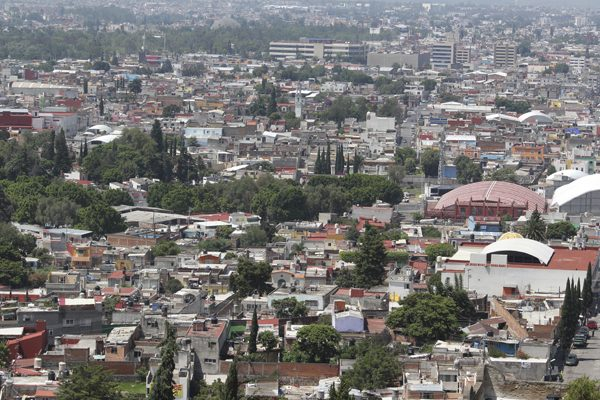 Detecta Catastro irregularidades en más de 9 mil edificios de Puebla capital