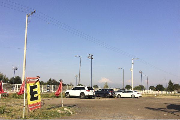 Avala comuna de Cholula cobro de hasta 50 pesos en estacionamientos cercanos a la Pirámide