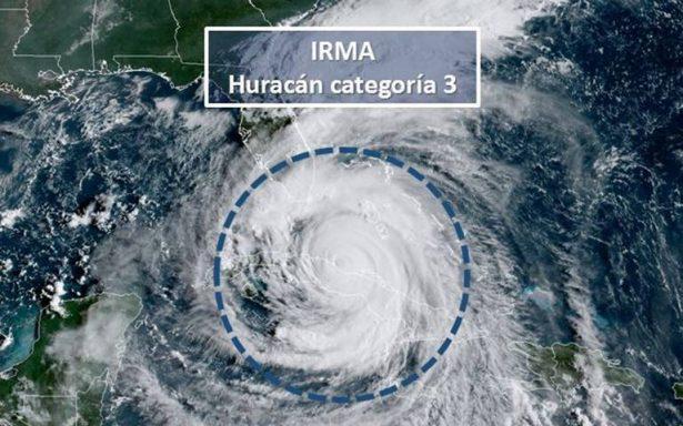 Huracán Irma se degrada a categoría 3; prevén que recupere fuerza a su llegada en EU
