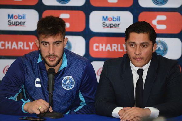 Lucas Cavallini llega a La Franja para anotar goles