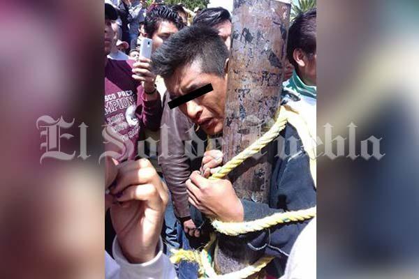 Amagan con quemar vivo a presunto ladrón en El Seco