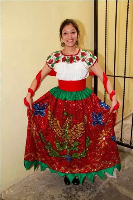 0b9850e8b En estos lugares puedes comprar un atuendo para lucir bien mexicano y dar  el grito - El Sol de Puebla