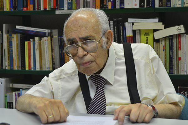 Rinde UPAEP homenaje al politólogo Manuel Díaz Cid