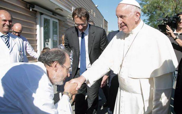 Acusan al Papa Francisco de haber cometido siete herejías