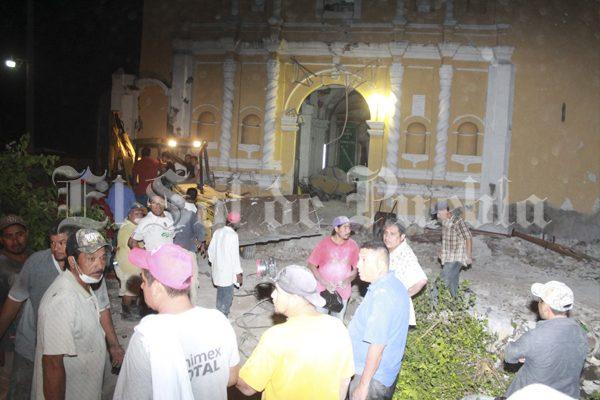 Bautizo se convierte en tragedia, terremoto deja 11 muertos en Atzala