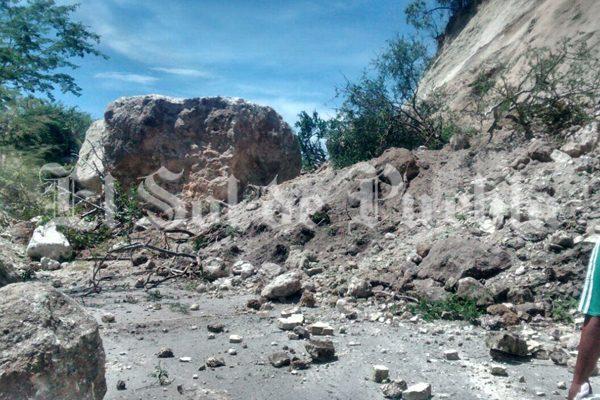 Terremoto deja incomunicados a un municipio y varias comunidades de Puebla