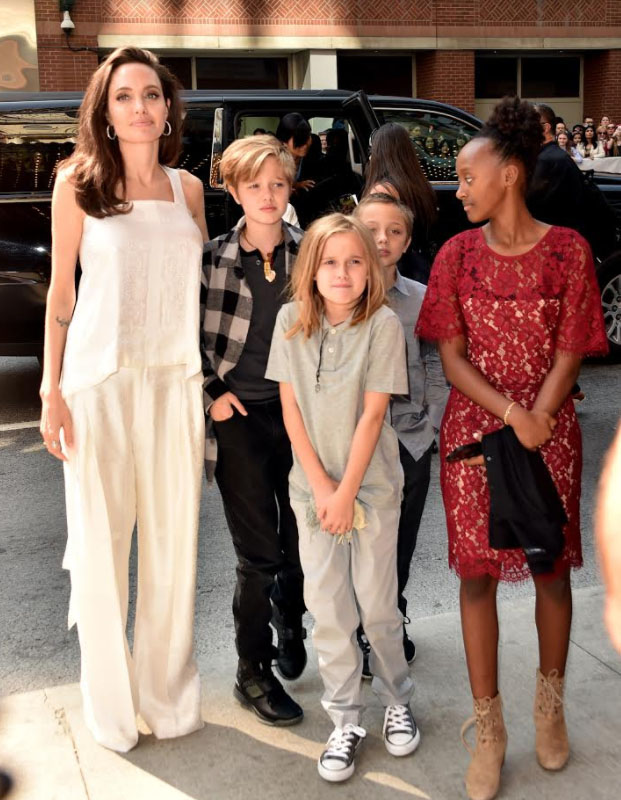 Angelina Jolie llevó a cuatro de sus hijos al Festival de Toronto