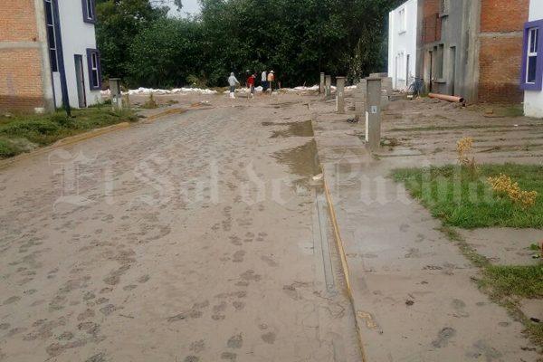 Inundaciones en Tepeaca son por construcciones irregulares: SGG