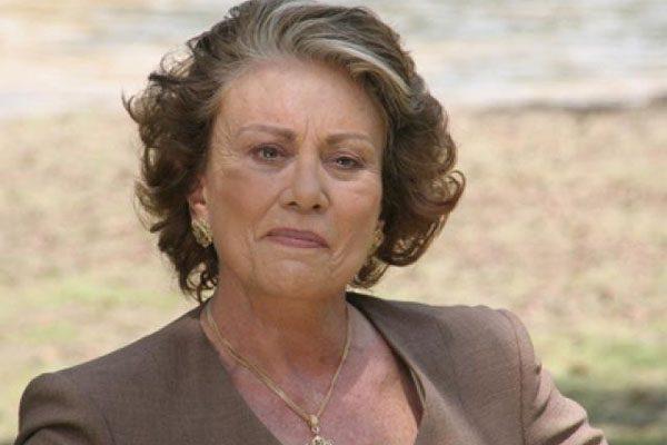 Fallece la actriz Saby Kamalich