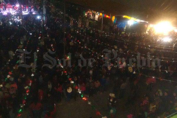 Ebrios hieren a dos policías municipales de Santa Rita Tlahuapan