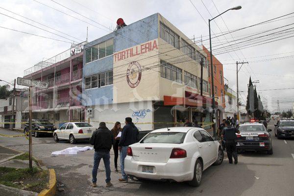 Se suicida arrojándose desde un edificio en la colonia Loma Linda