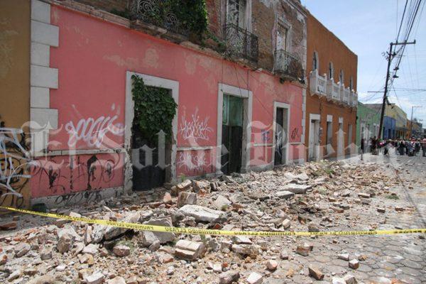 Tardarán tres días las revisiones en el Centro de Puebla tras sismos